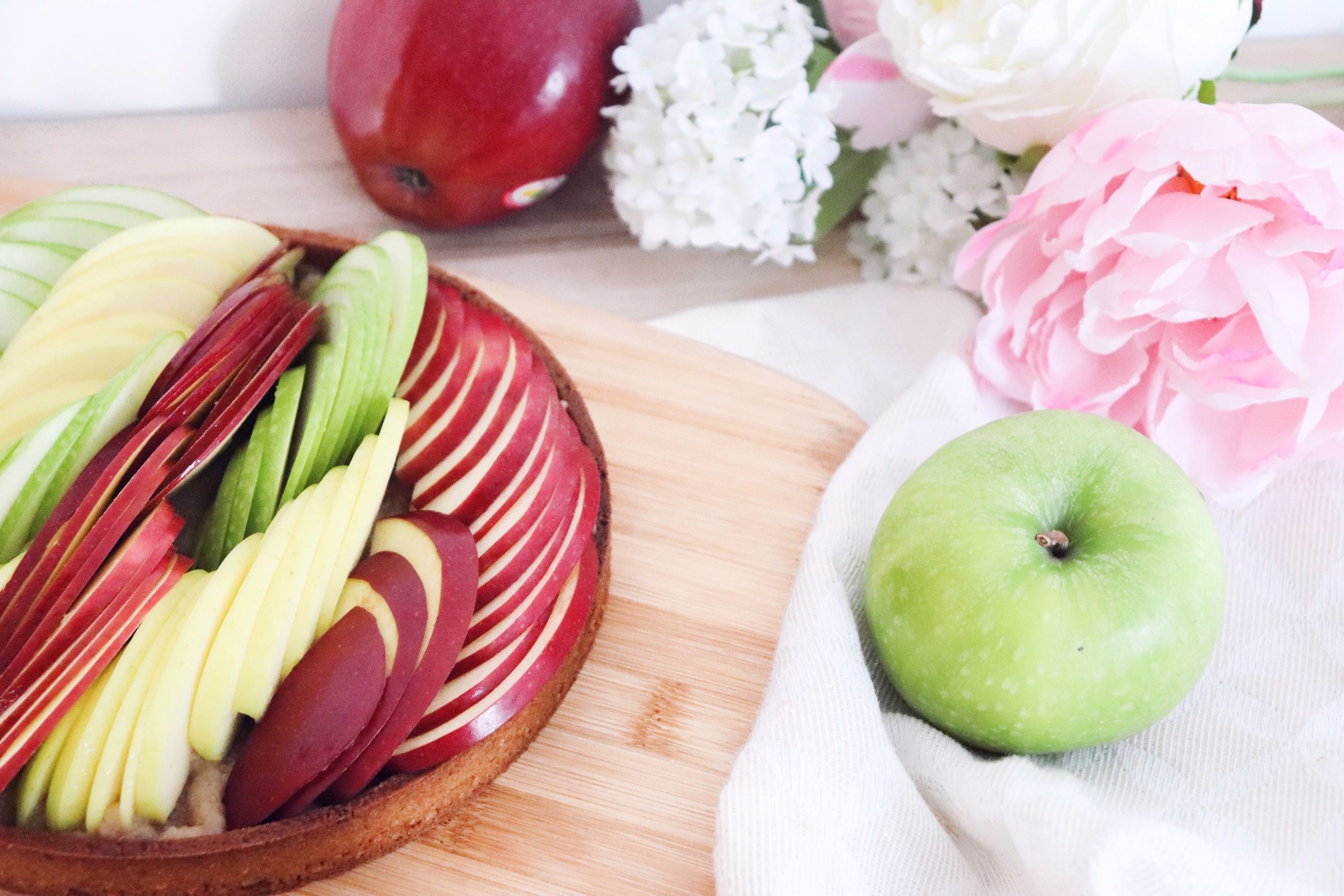 tarte aux pommes crues recette pâtisserie léa pâtisseries inspirées