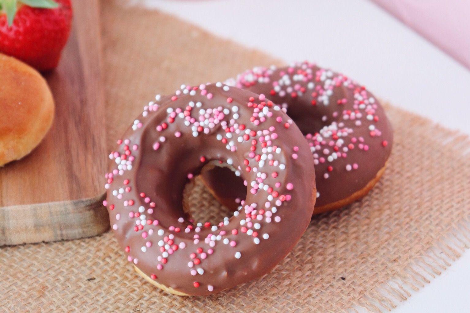 donuts au chocolat recette patisserie léa patisseries inspirées