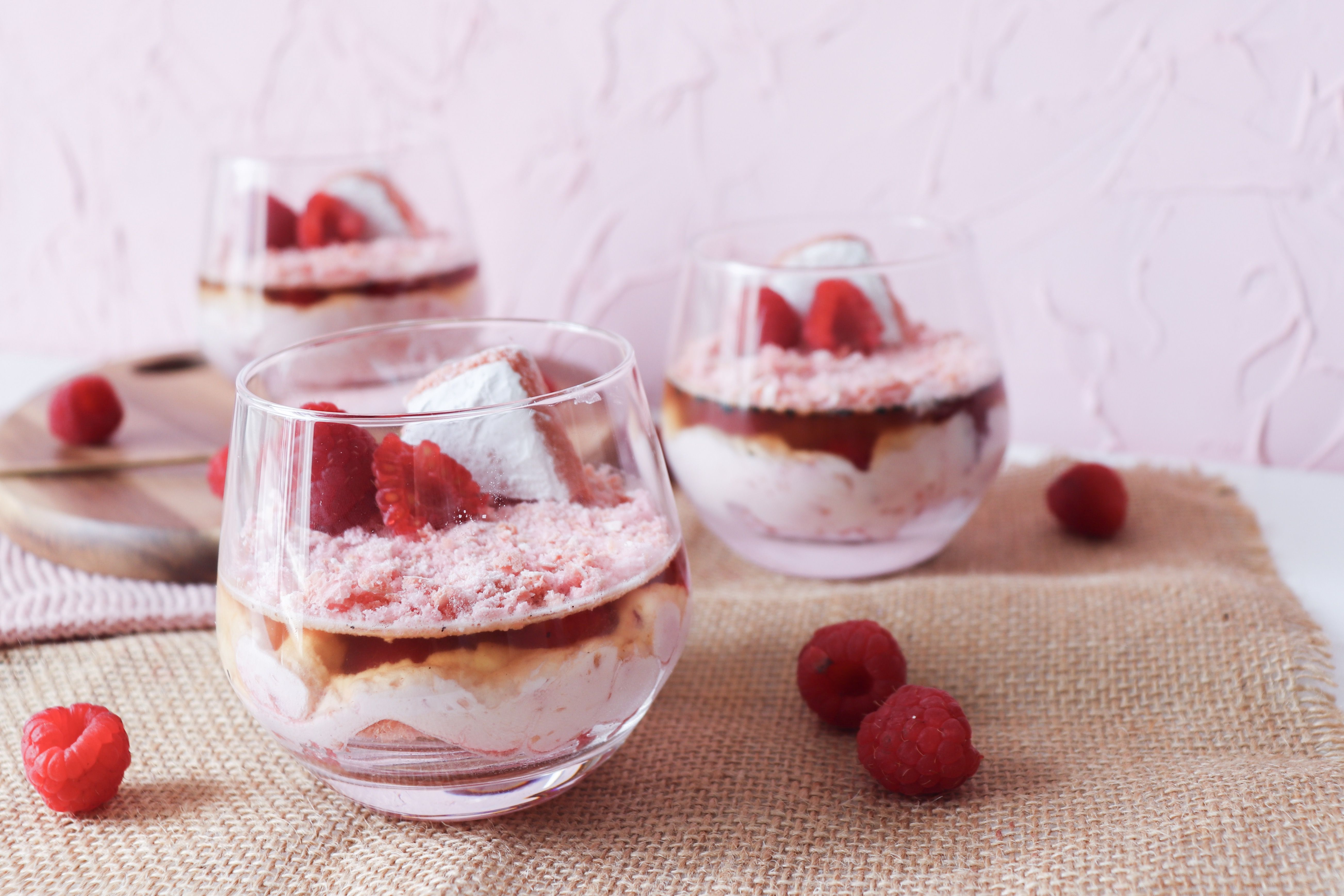 summer pink verrine framboises champagne biscuits roses recette patisserie léa patisseries inspirées