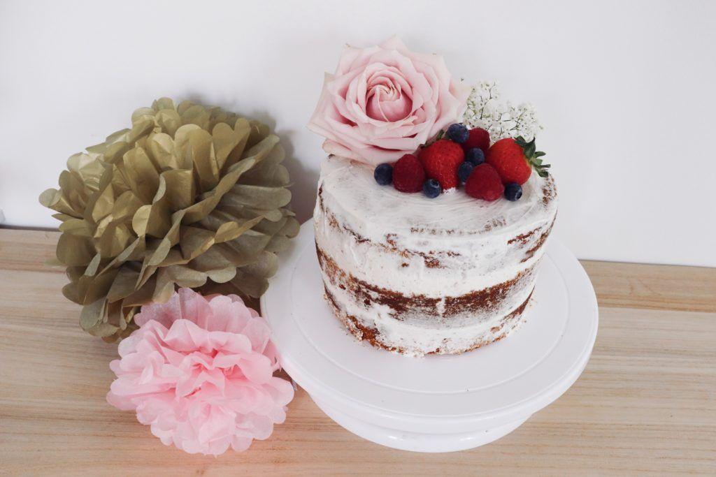 naked cake fruits rouges recette patisserie léa patisseries inspirées