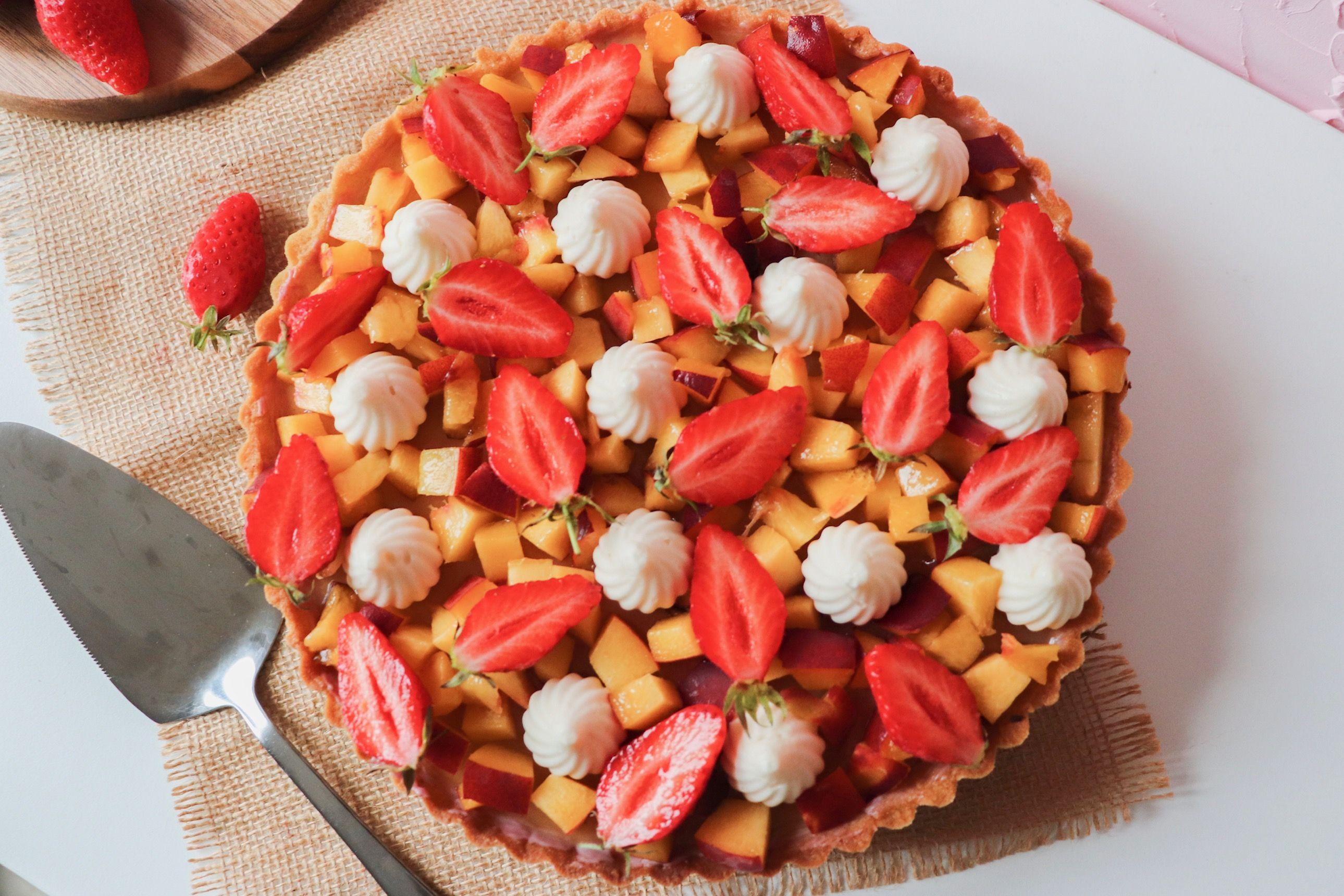 tarte pannacotta pêches fraises recette patisserie léa patisseries inspirées